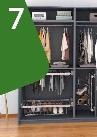 Doors and accessories for furniture, wardrobes and for walk-in wardrobes